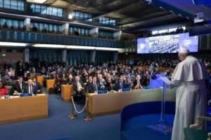 Papa defende o investimento no desenvolvimento rural para combater a fome no mundo