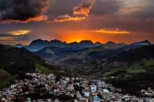 SIMONÉSIA – JOVEM FOTÓGRAFO É DESTAQUE NO FACEBOOK OFICIAL DA PREFEITURA MUNICIPAL