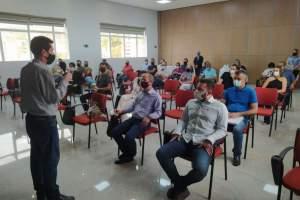 Prefeitura de Manhuaçu promove reunião para discutir adesão à consórcio de certificação de produtos
